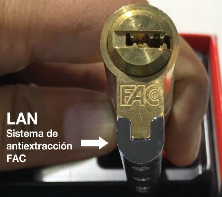 Prevenir robos sevilla cambio de bombi cerrojos for Cerrojo antibumping lince 7930r